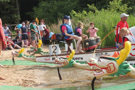 Saalesparkassencup der Schulen im Drachenboot 2014 mit Teilnehmerrekord