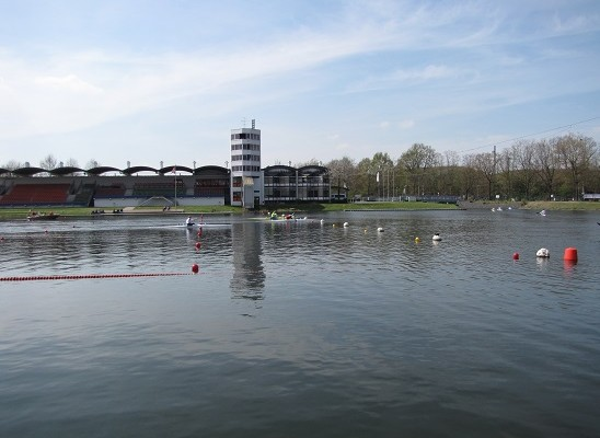 Erste Qualifikation in Duisburg für unsere Parakanuten