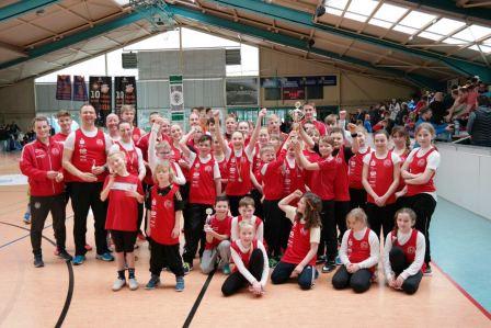 Team vom Halleschen Kanu-Club 54 gewinnt Wanderpokal