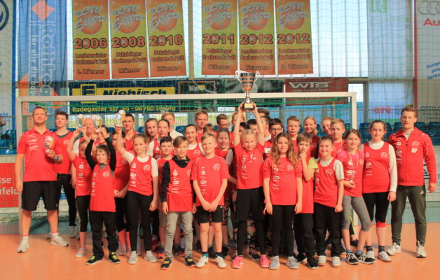 Der Hallesche Kanu-Club gewinnt zum dritten Mal in Folge den Athletikwettkampf vom KC Jeßnitz.