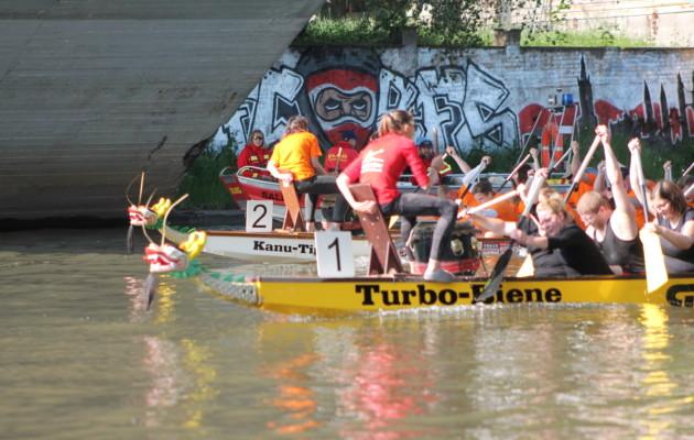 19. Hallesche Drachenboot-Rennen und 9. Medicup beim Hansefest